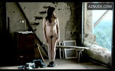 nackt Hazine Amira Action Girl