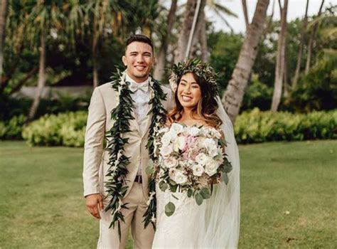 Mma Fighter Angela Lee Rings Wedding Bells In Hawaii