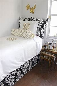 Black and gold dorm and apartment bedding decor 2 ur door for Black and gold dorm bedding