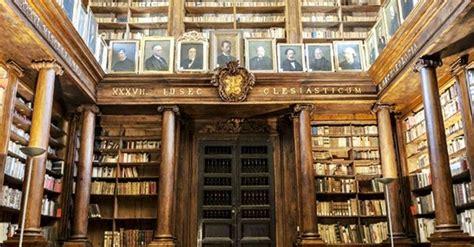 casa comunale palermo biblioteche in sicilia