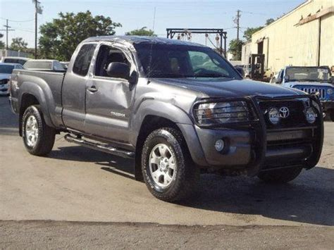 car owners manuals free downloads 2011 toyota tacoma interior lighting buy used 2011 toyota tacoma 4wd salvage repairable only 37k miles manual trans runs in