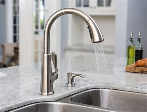 pfister pasadena pull down sprayer kitchen faucet in