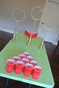 15 Ideas for a Hosting a Harry Potter Party! Make and Takes