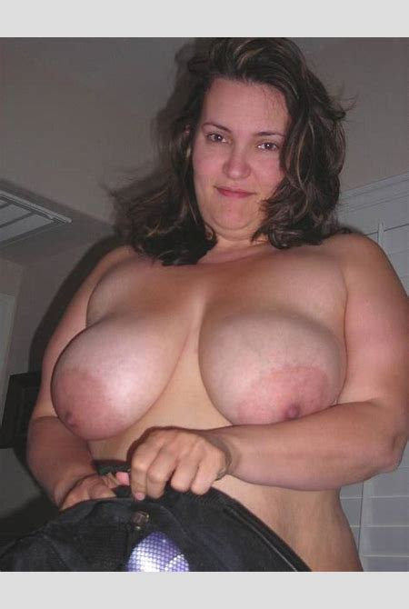 Beautiful chubby amateur MILF collection. Fat-BBW content - 6 pics.