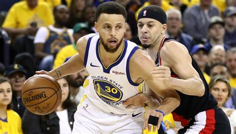 nba steph curry guides golden state warriors
