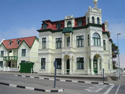 Type Of House German Colonial