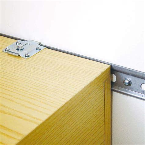 fixation placard cuisine rail en acier galvanisé pour l 39 accroche des éléments