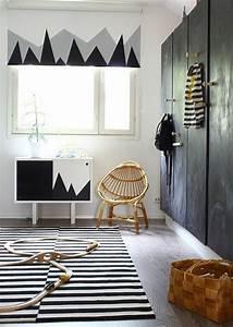Dco Salon Porte De Placard En Bois De Couleur Noir Dans