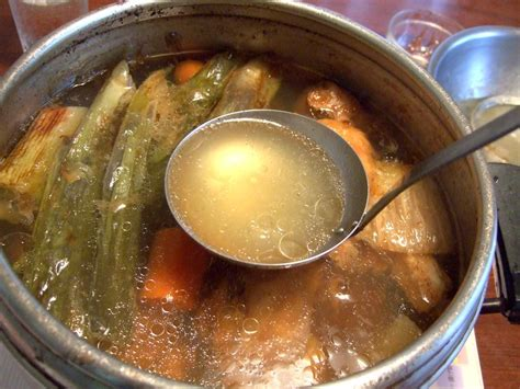 meaning of cuisine in file bouillon de volaille jpg wikimedia commons