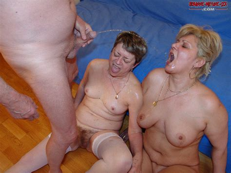 bizarre mature sex picture 4 uploaded by isuckdad on