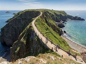 Barclay brothers lose legal fight over the future of Sark ...