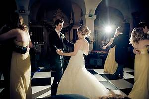 how to use a speedlight at wedding receptions and events With flash modifiers for wedding photography