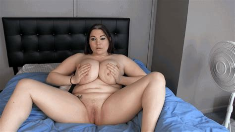 Cassandra Calogera S Fetish Store Lotioning My Rolls And Belly Rubbing WMV