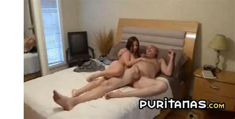 creampie dentro de su hija jovencita porno incesto