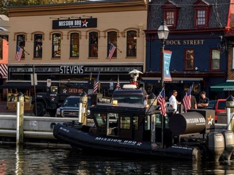mission bbq  delivers  boat  annapolis waters
