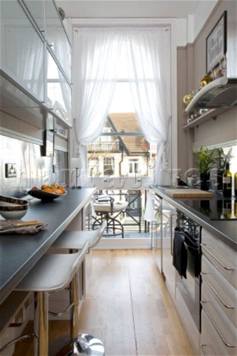 Rs00115 Narrow Galley Kitchen With White Net Curtain