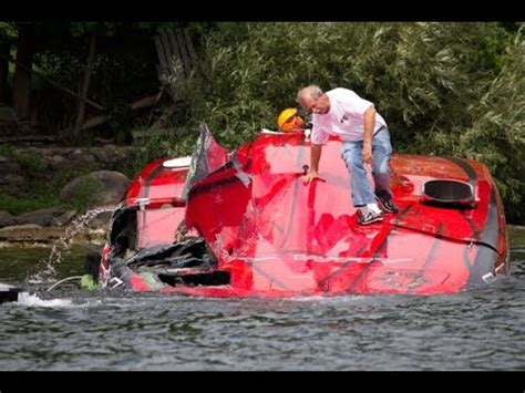 Speed Boat Crash Youtube by Speed Boat Crash 2017 Youtube
