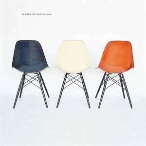 Herman Miller Stuhl : eames side chair fiberglass dsw eames stuhl holzgestell by vitra herman miller ~ One.caynefoto.club Haus und Dekorationen
