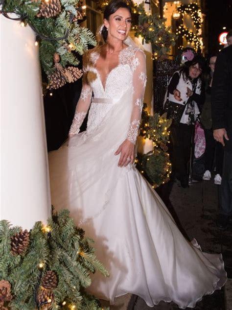 beautiful celebrity wedding dresses heart
