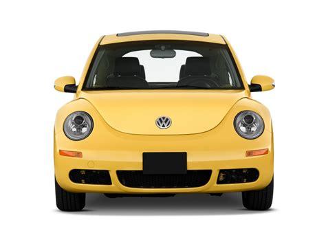 Image 2010 Volkswagen New Beetle Coupe 2 Door Man Front