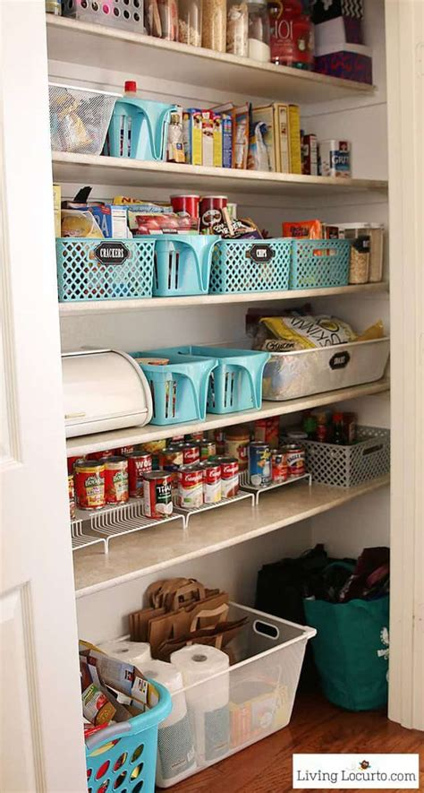 kitchen pantry organization makeover  printable labels