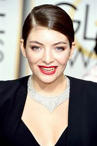 Lorde's Orange-Red Lip | Golden Globes 2015 Beauty ...