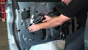 2004-2006 Chrysler Pacifica Window Motor Regulator
