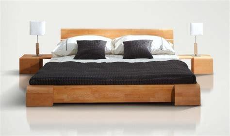 deco chambres enfants lit en bois massif chambre coucher design en bois