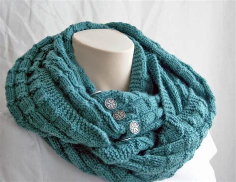 7 Free Infinity Scarf Patterns, Available On Craftsy