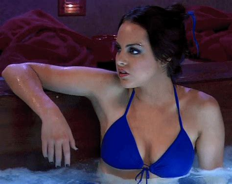 elizabeth gillies as jade west liz gillies as jade west iparty with victorious