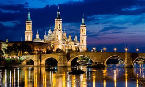 Zaragoza 360º, más allá de las fiestas del Pilar