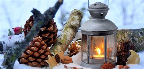 Weihnachtlich Dekorieren Stimmungsvolle Ideen by Weihnachtliche Au 223 Endekoration F 252 R Eine Stimmungsvolle