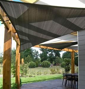 Voile Pour Pergola : installation de voiles d 39 ombrage sous un pergola contemporain terrasse et patio bordeaux ~ Melissatoandfro.com Idées de Décoration