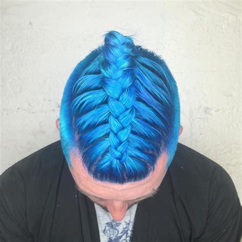 la nueva tendencia en peinados las trenzas  hombres
