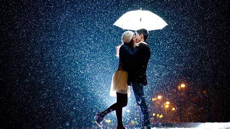 hd hintergrundbilder paar regen regenschirm kuessen