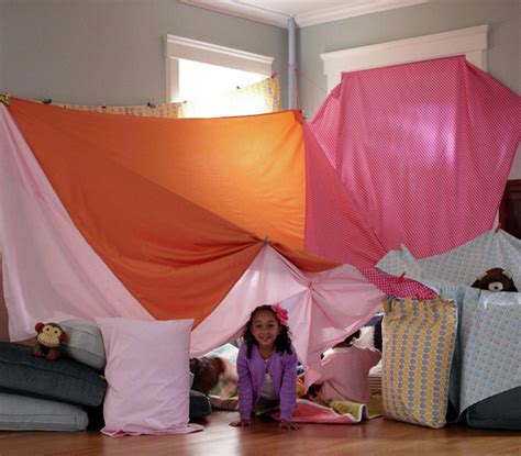 10 imaginative indoor activities for when it s too hot to