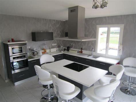 cuisine grise plan de travail blanc plan de travail bois gris cuisine grise plan de