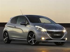208 Peugeot : peugeot 208 3 doors specs 2012 2013 2014 2015 2016 2017 2018 autoevolution ~ Gottalentnigeria.com Avis de Voitures
