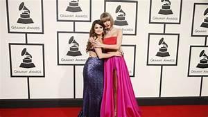 Grammy 2016: Abrazo entre las amigas Taylor Swift y Selena ...