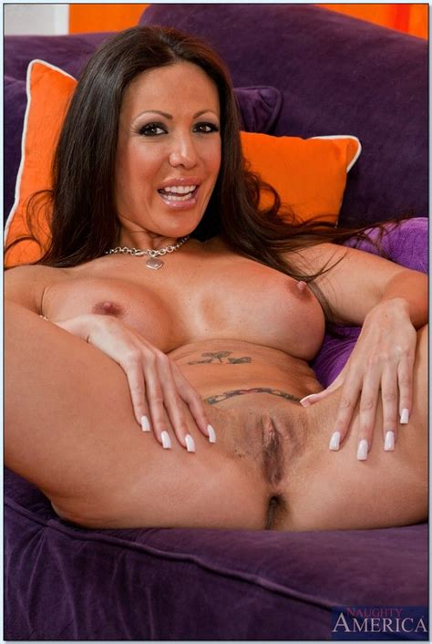 Amy Fisher Seduced By A Cougar 3447