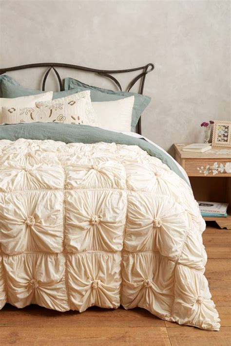 shabby chic linens 15 best picks for shabby chic bedding