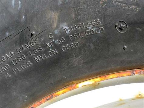 Boat Trailer Tires Pressure by 11 Things To About Boat Trailer Tires Trailering