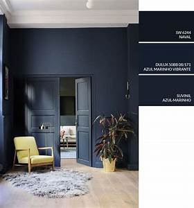 Dica de cor de tinta para pintar parede em casa  Tinta azul  Living com parede na cor azul ...