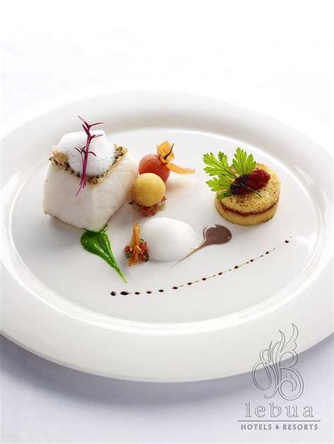 cuisine gastronomie conception de nourriture loup de mer and bar on