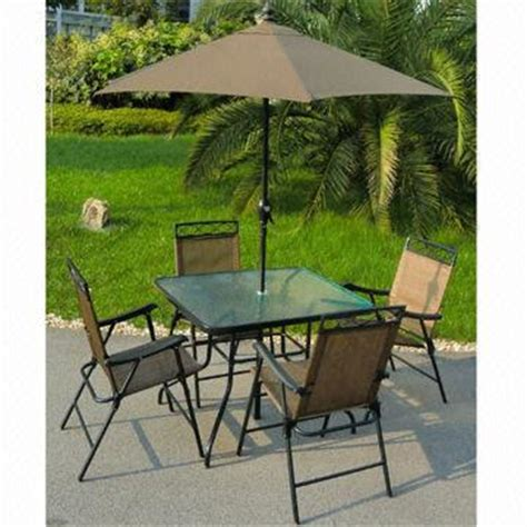 6 patio set includes deluxe folding chairs 32x38