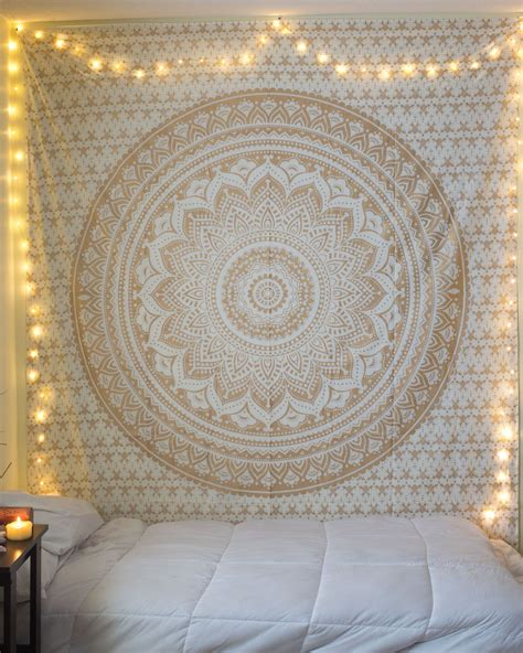 blog 50 bedrooating idea with tapestry canopy and