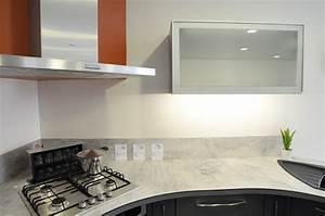 Plan De Travail Cuisine Stratifié Haut De Gamme : accessoires de cuisine cuisines acr ~ Edinachiropracticcenter.com Idées de Décoration