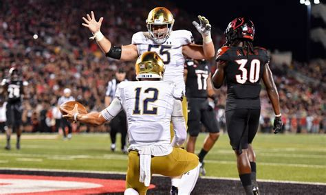 Notre Dame Football: Staff predictions for Louisville game