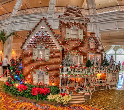 grand floridian hotel  christmas disney matthew