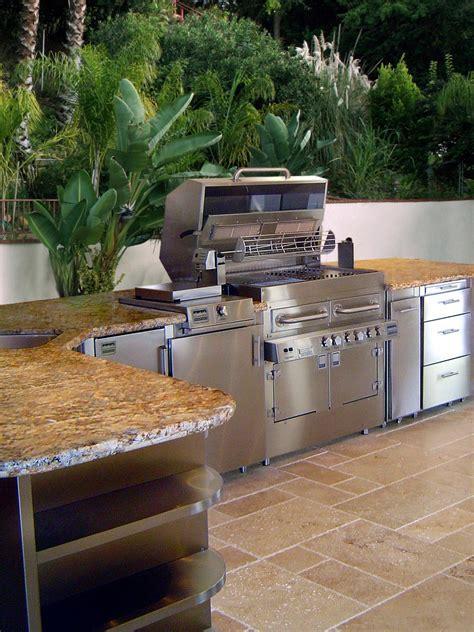 outdoor kitchens  tips   design hgtv